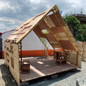 Playhouse in rural Manila by Francesco Rossini and his students